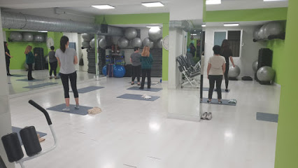 Movin Fitness Hermosilla/Gimnasio Femenino Goya