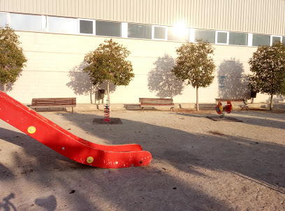 Polideportivo  Estación de Blanca