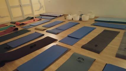 Centro De Yoga Aura