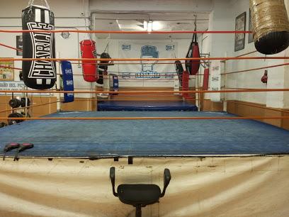 La Escuela Boxeo kickboxing