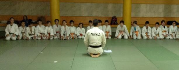 Centro artes marciales Muñiz