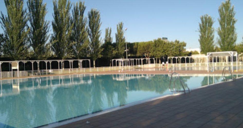 piscina verano polideportivo Plata y Castañar