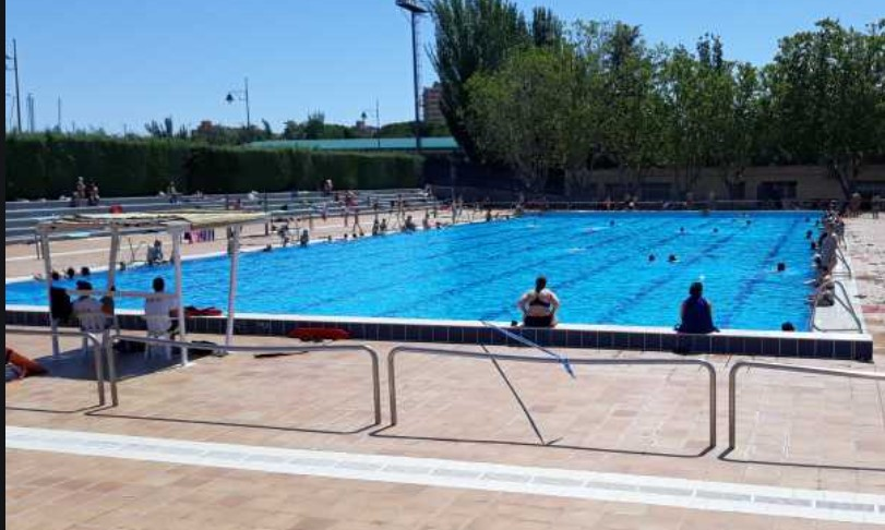 piscina verano polideportivo moscardo